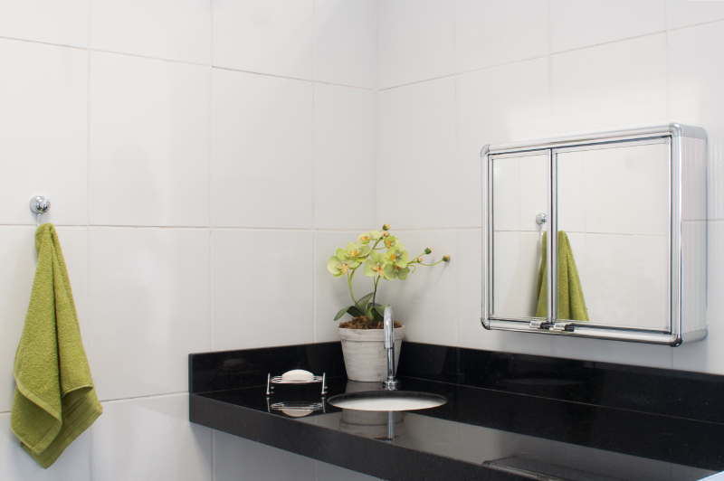 Grupo Astra # Armario Banheiro Astra Aluminio