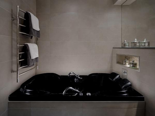banheira-colorida-astra-preta