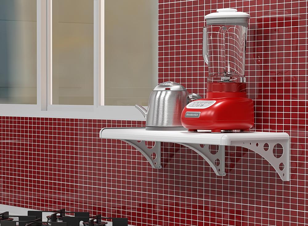 Dicas de organização: Na imagem, uma prateleira branca Atra comporta um liquidificador vermelho e uma chaleira prateada. Ao lado uma janela branca. A parede da imagem é de pastilhas vermelhas.